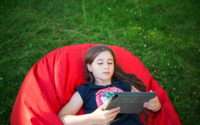 """Summer Safety Includes Being """"Screen Safe"""""""
